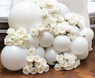 15 white small and large balloons with white flowers
