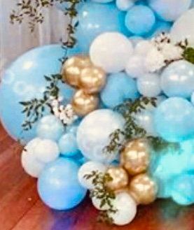 20 blue white gold balloons with leaves and led light