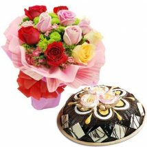 1/2 Kg Theobroma cheese Cake with 8 Mix roses