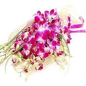 10 Orchids bouquet