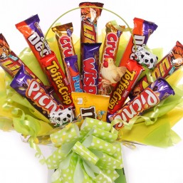 15 Mix chocolates in a bouquet